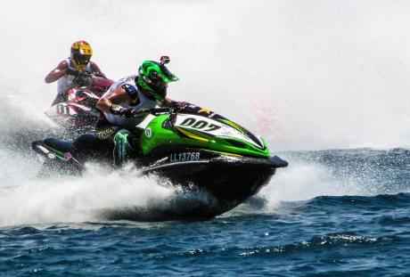 Powerboat racing: Jet Sport racing