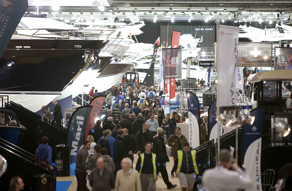 London Boat Show crowds