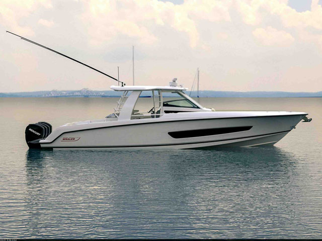 Boston Whaler 420 Outrage: the new top dog