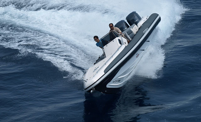 eye-catching powerboats: Sea DNA