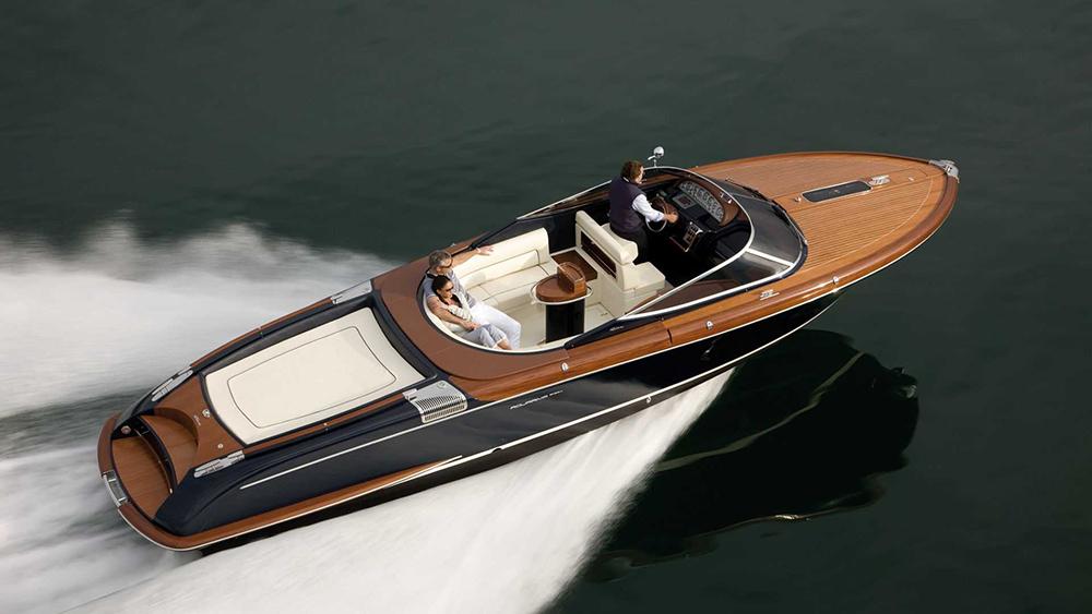 Retro powerboats Aquariva Super
