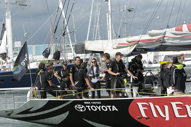 Royals go sailing in New Zealand: Duchess wins