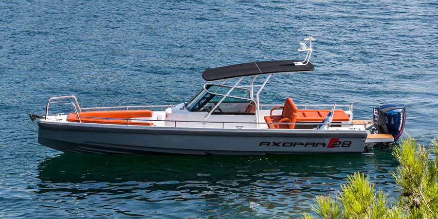 Axopar 28: best boats from the Southampton show