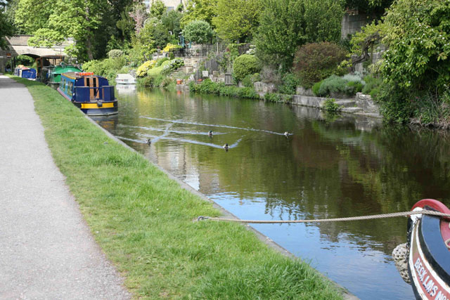 Enter dead slow – how to park a narrowboat