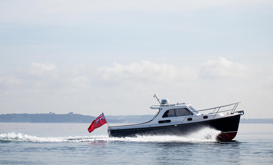 Retro powerboats: Cockwells Duchy 27