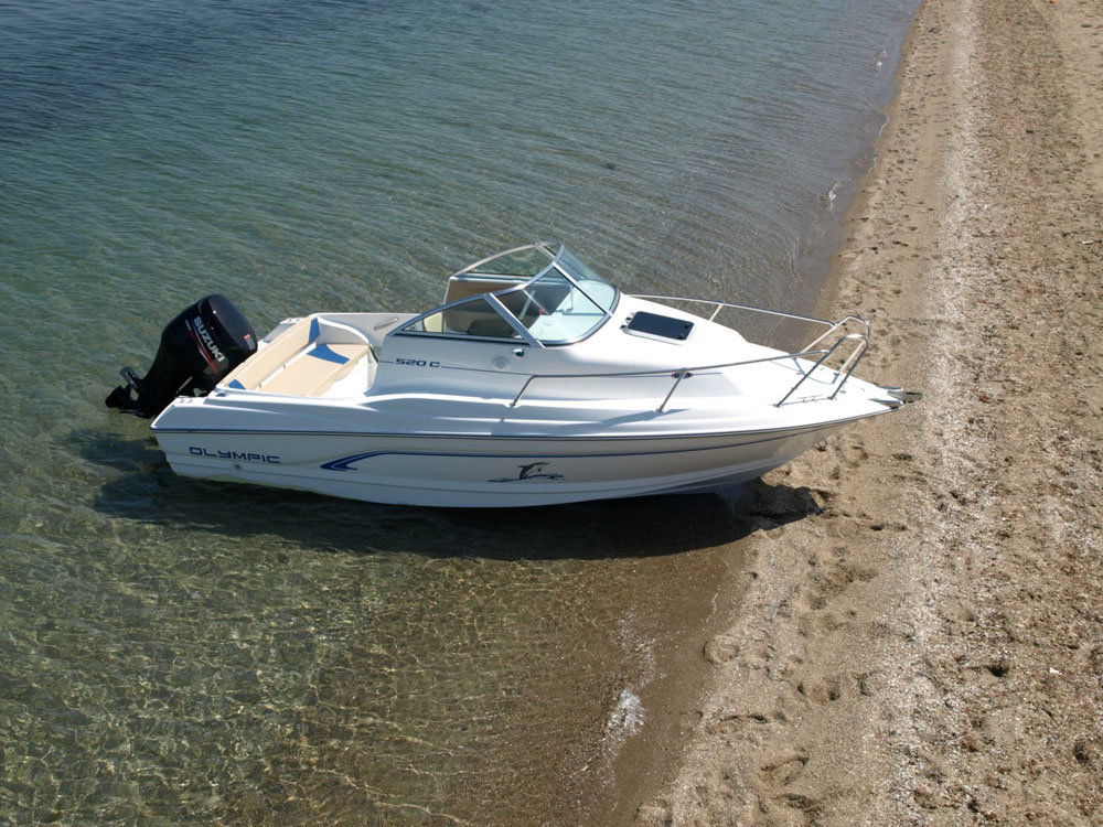 Olympic 520C: bargain powerboats