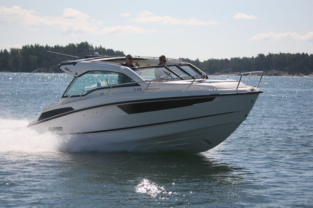 Flipper 880 ST: top compact cruisers
