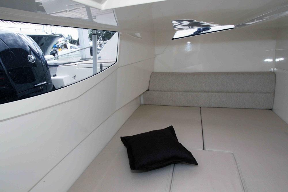 Hidden aft cabin – innovative boat designs