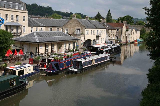 Boatyards: narrowboat holiday tips