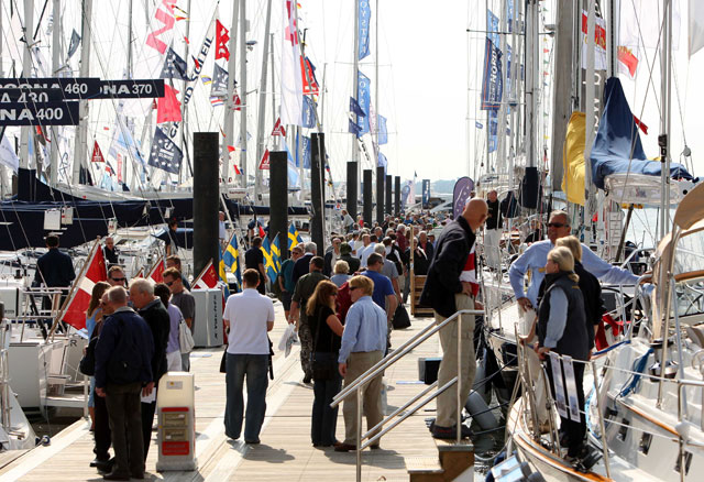 Southampton Boat Show Ladies' Day supports cancer charity