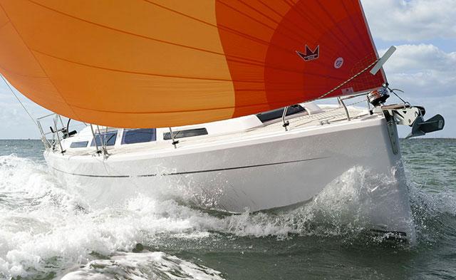Hanse 345 reaching