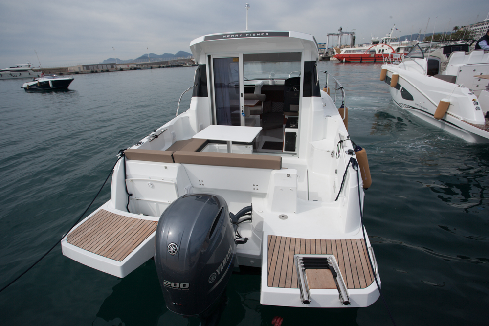 Boat test: Jeanneau Merry Fisher 795 aft