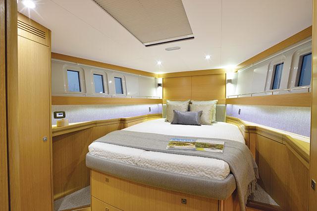 Gunfleet 58 cabin