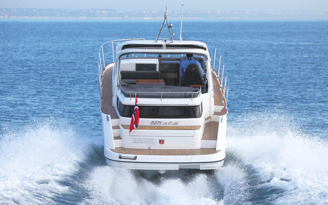 Marex 320: boats for powerboating couples