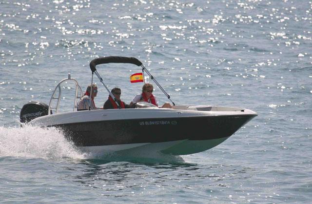 Bayliner XL - powerboats for under £20k