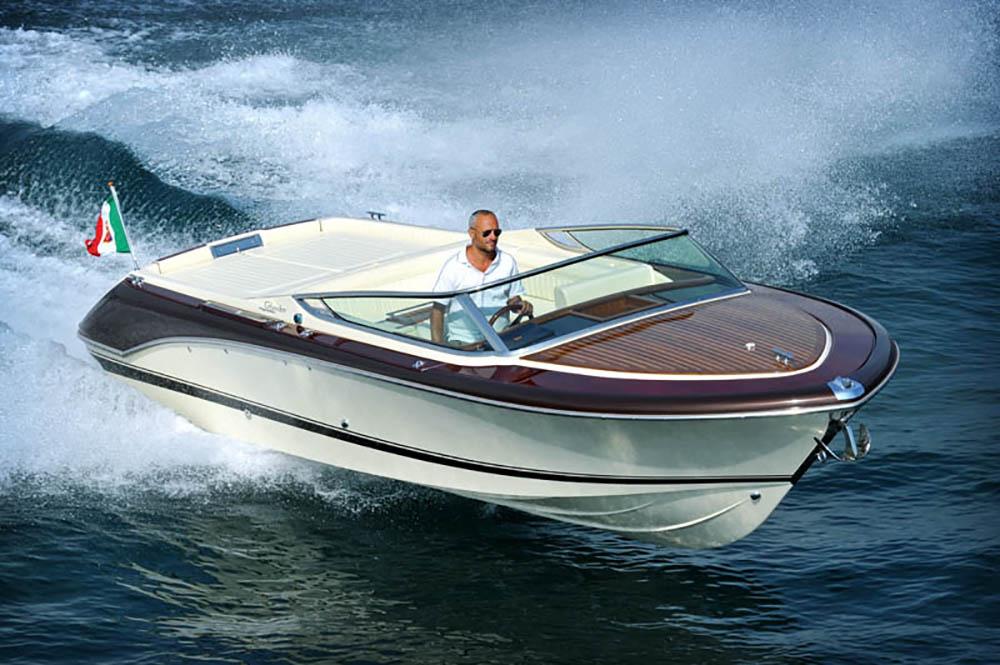 Retro powerboats: Colombo
