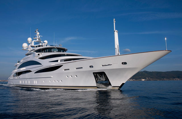 Size matters in Monaco: Benetti shows longest boat