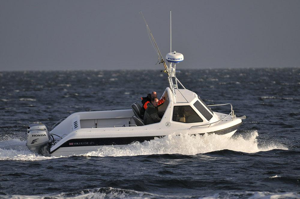 Warrior 175 Export: bargain powerboats