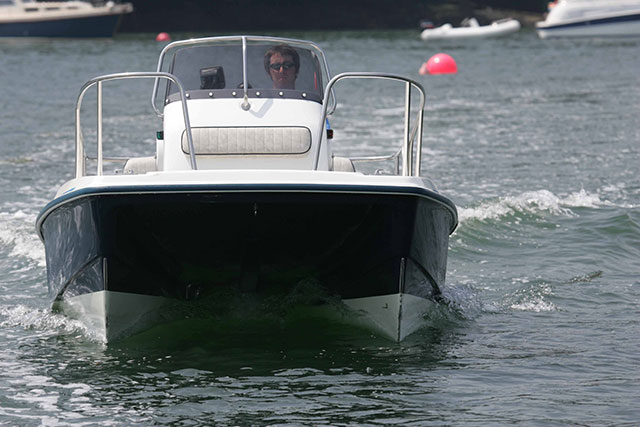 Twin hulls makes for easy manoeuvering