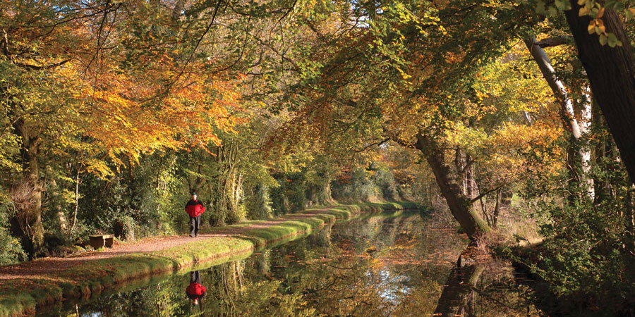 Mon & Brec canal - top UK canal holiday destinations