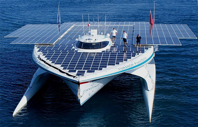 Solar power boat