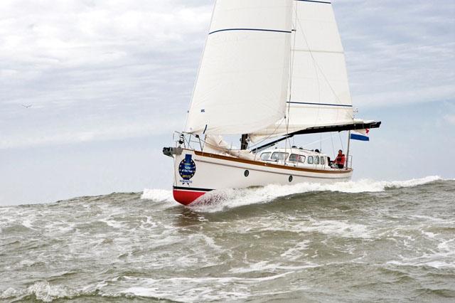 Bestewind 50 under sail