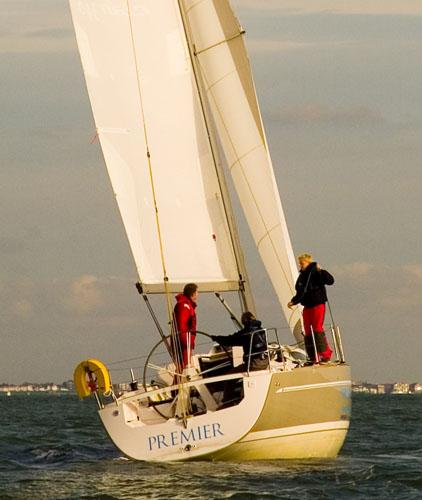 Heaving to - family sailing