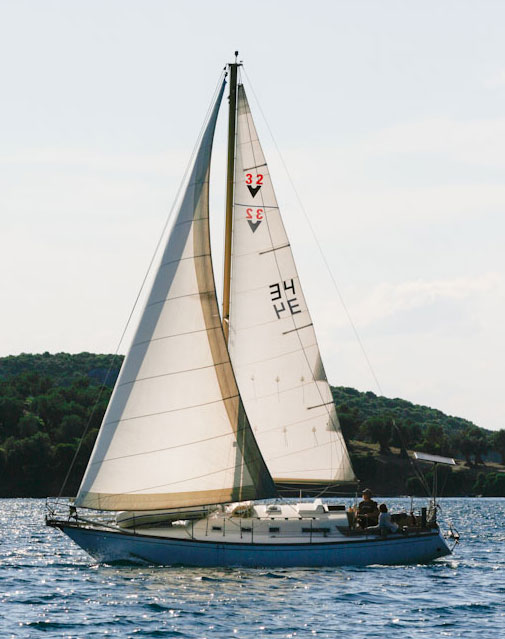 Cross-cut Dacron sails