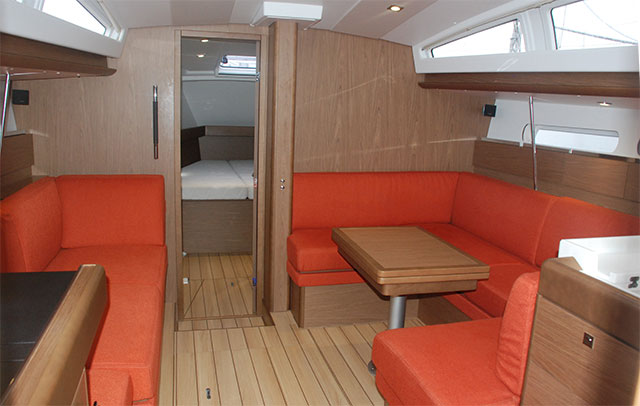 Jeanneau 41 DS below decks