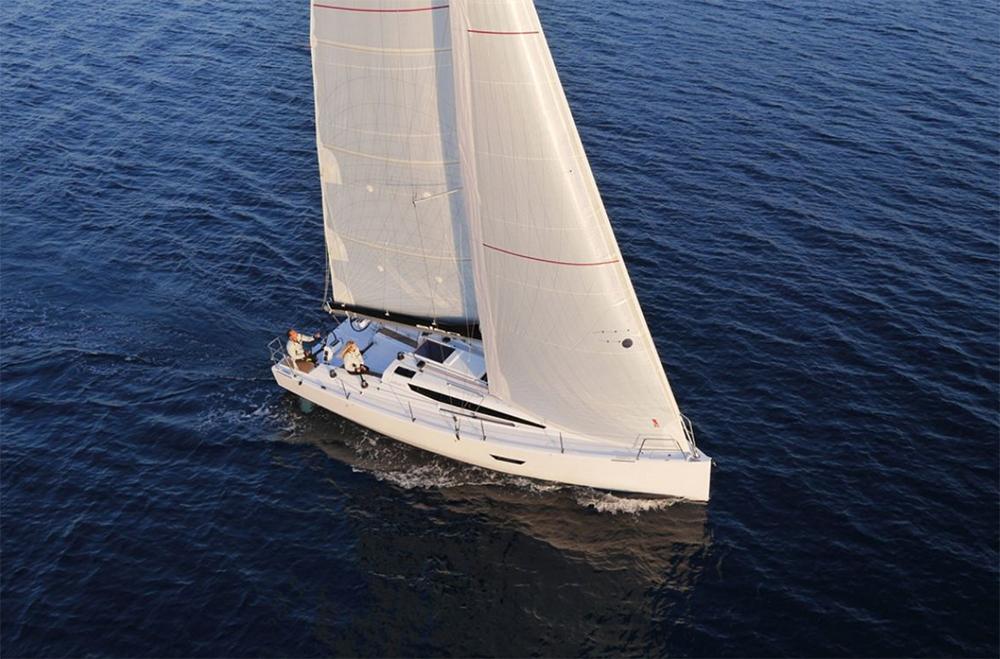 Elan E4 under sail