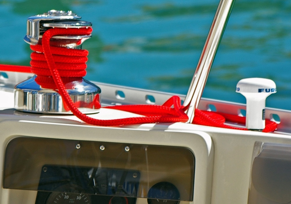 boat building problems: GPS antenna
