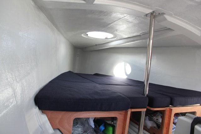 Bavaria B /One below decks