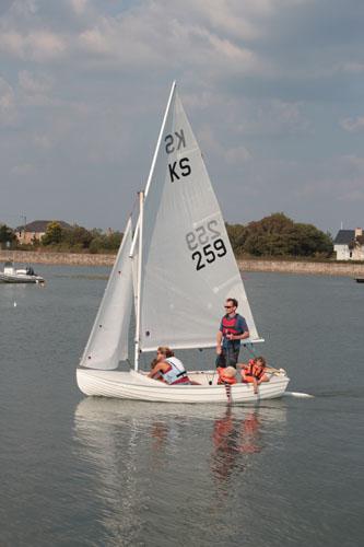 Keyhaven scow sailing – choosing a Yacht Club