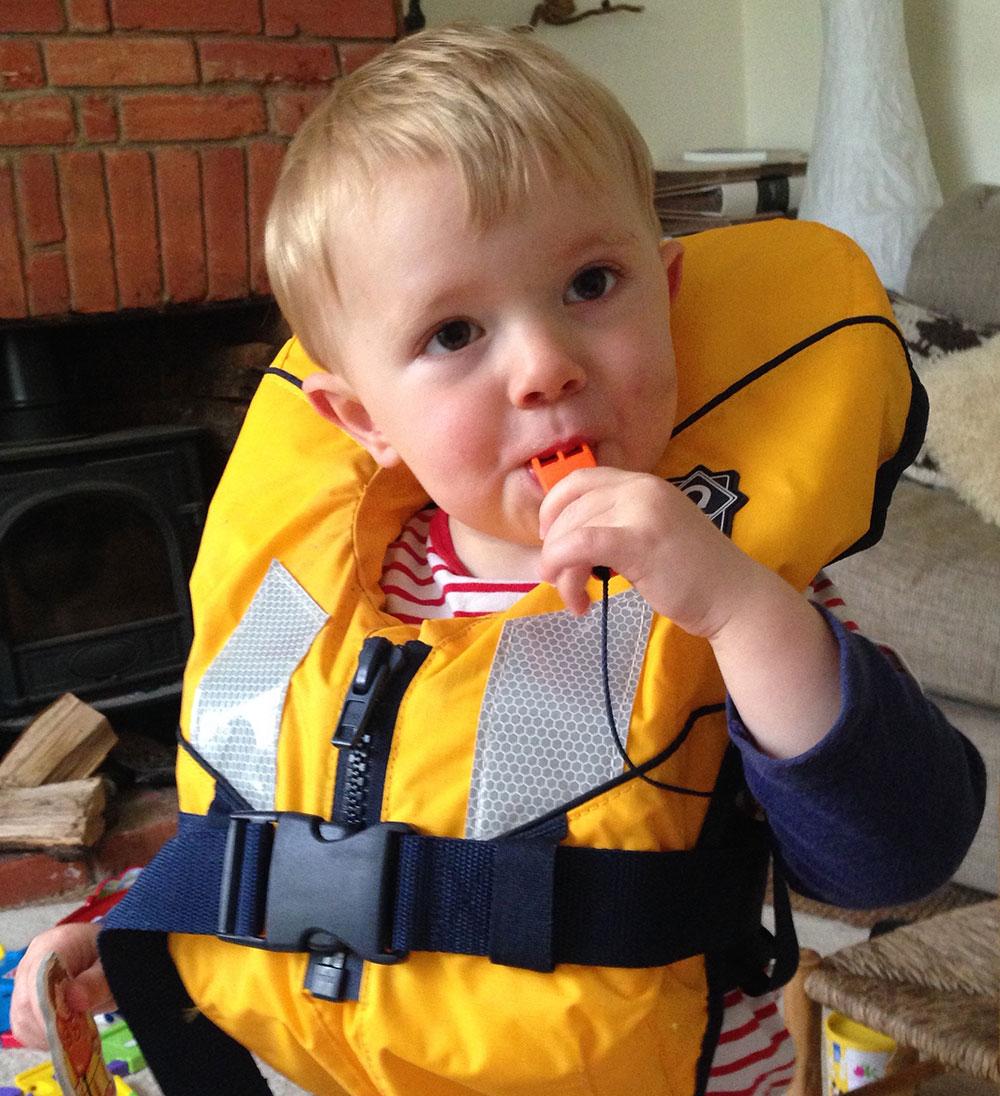 toddler lifejacket whistle