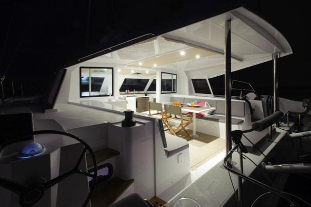 Nautitech Open 40 - bridgedeck accommodation