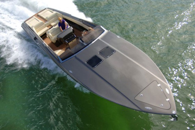Nor-Tech 420 MC: versatile day boat for European market