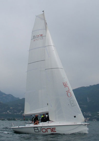 Bavaria B/One upwind
