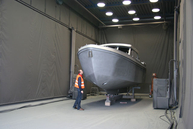 Linssen factory hull being blasted and spray primed