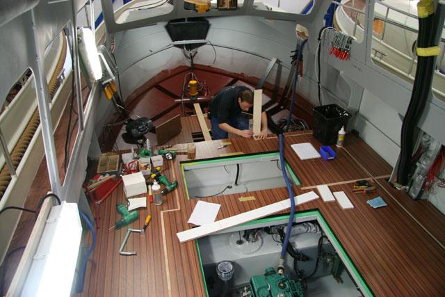 Linssen factory craftsmen