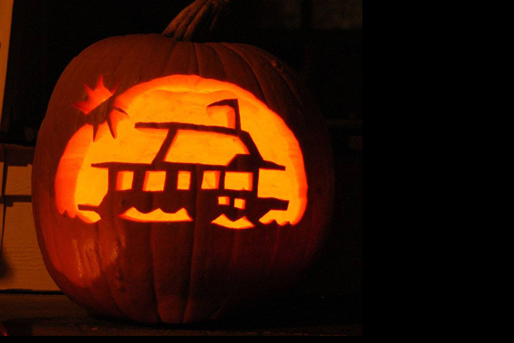 This fabulous pumpkin, as shared by Houseboat Magazine.
