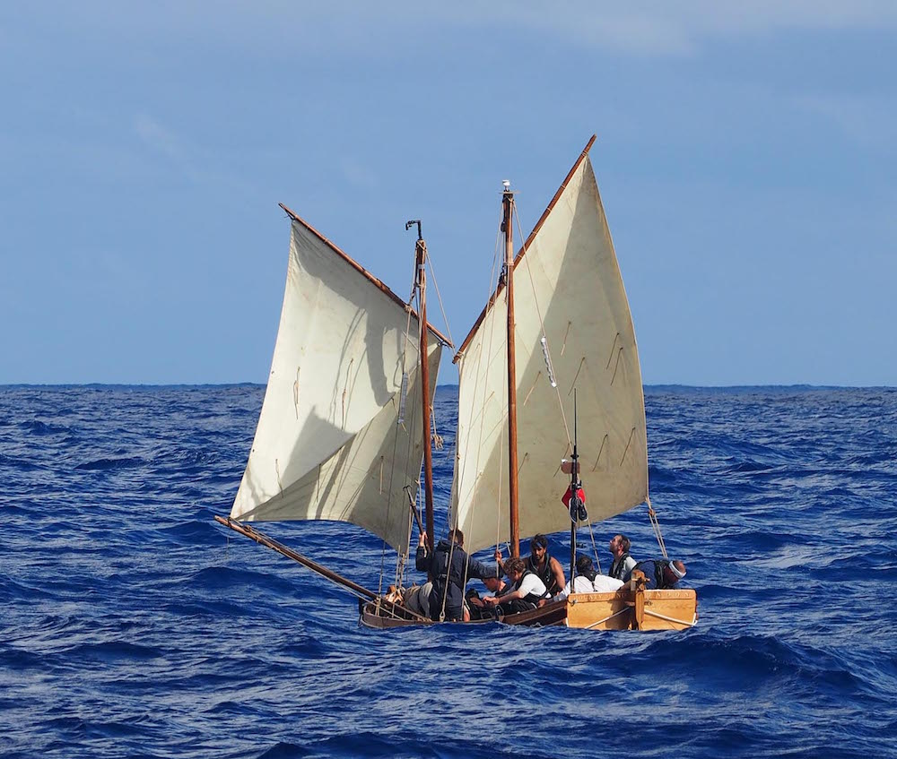 historic sea voyages: Captain Blugh Mutiny on the Bounty