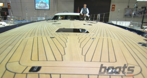 Oyster 825 video: Foredeck