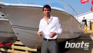 White Shark 228 Sun Deck video