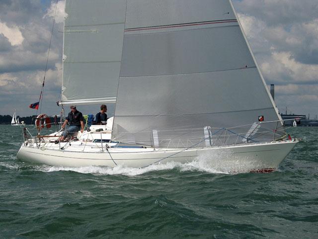 Sigma 33 – family cruising yacht