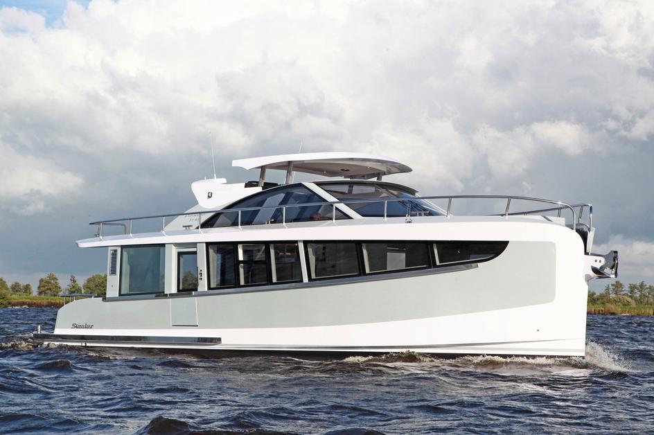 Steeler Panorama 46 FF: winner in the trawler boat class