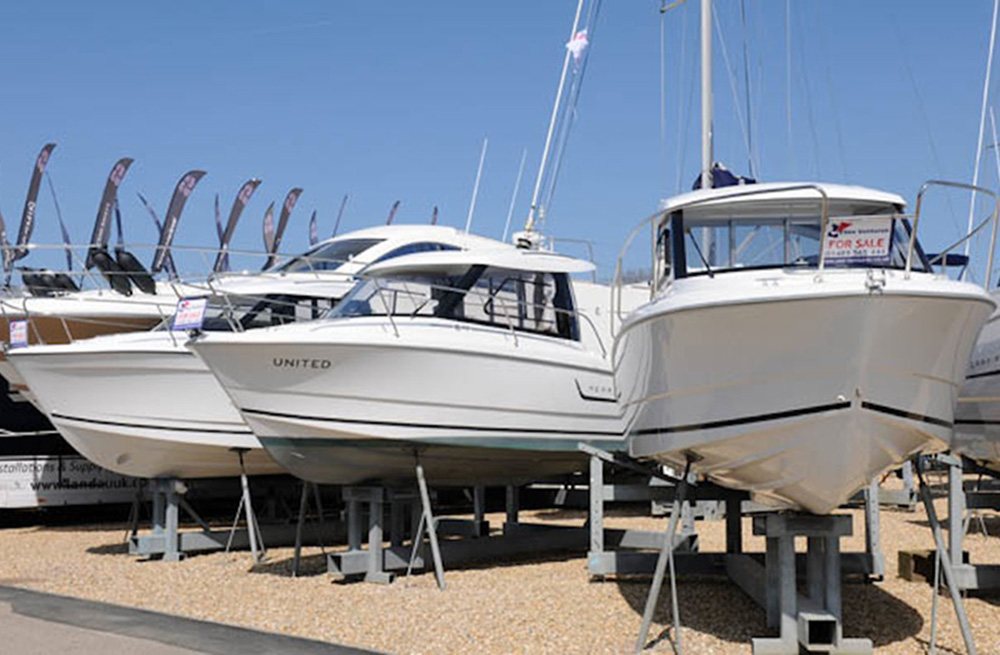 Used boat show guide