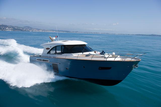 The Arcoa 'Le Boat' 62