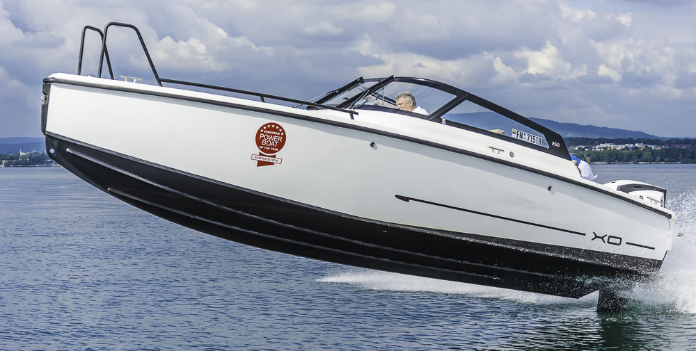 XO250 – European Powerboat of the Year 2016 nominee