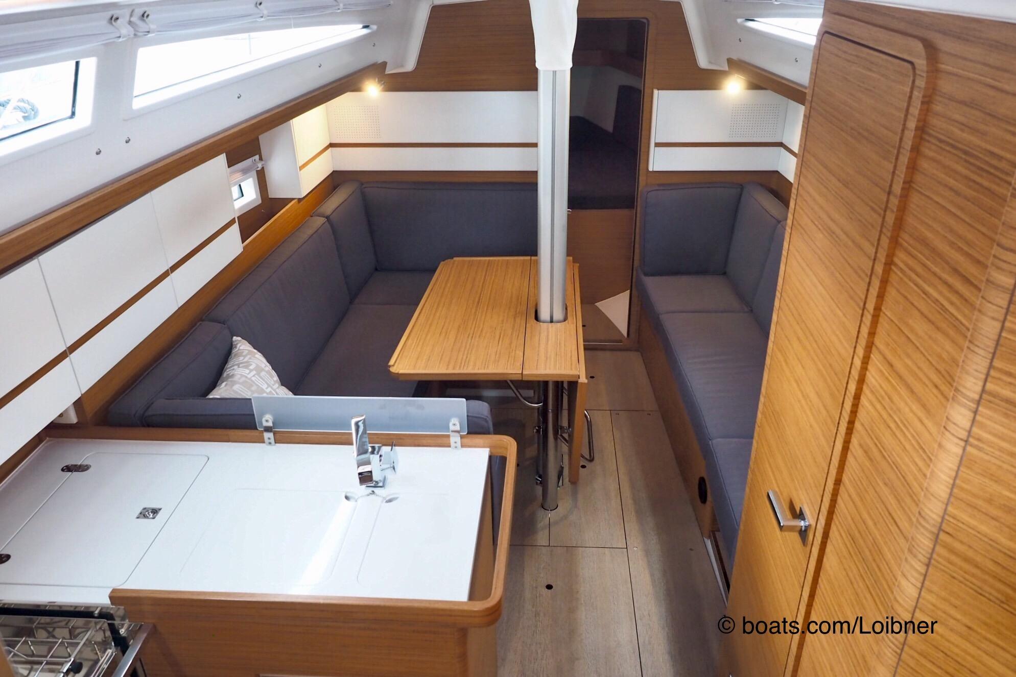 Elan E4 below decks