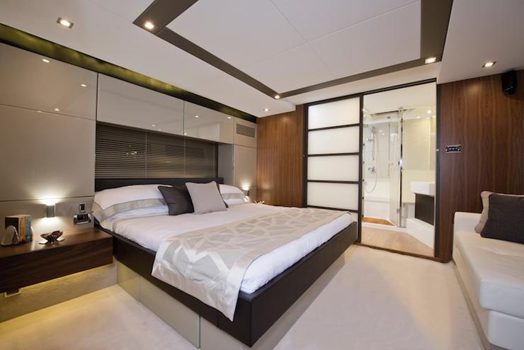 Fairline Targa 62 master cabin